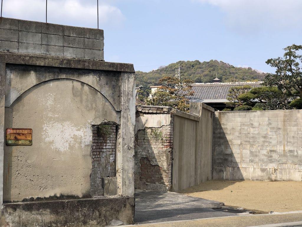 橋本別邸のレンガ塀/HashimotoVilla