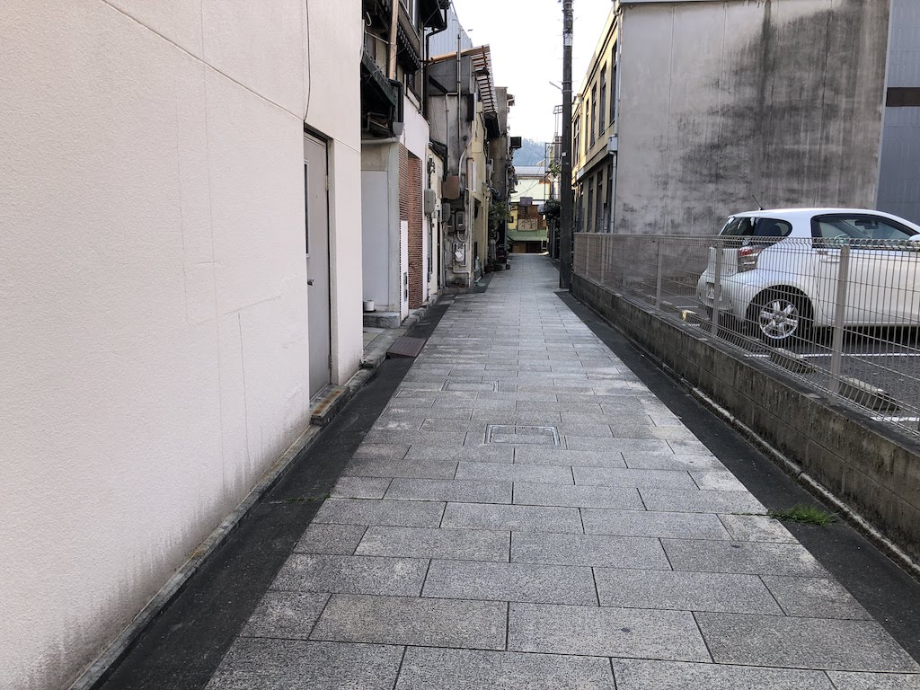 勧商場/KanshobaAlley